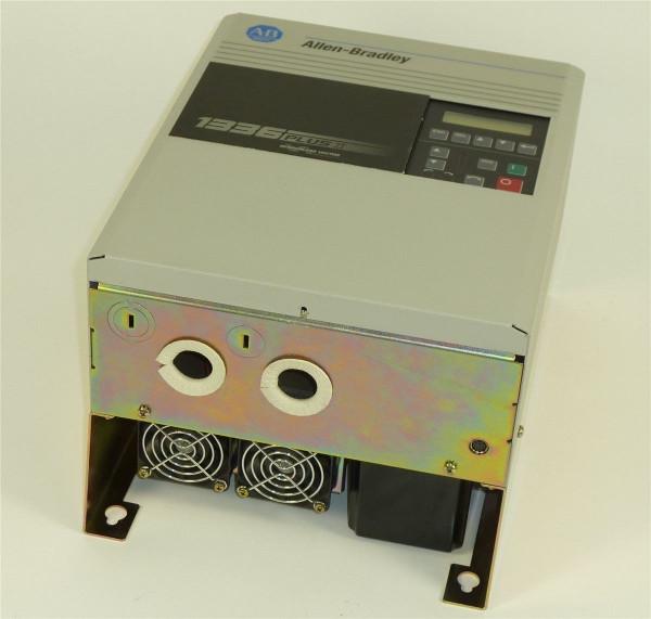 Allen Bradley Frequenzumrichter,CAT 1336F-BRF75-AE-DE