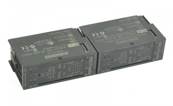 2 x Siemens Simatic S7 Digital IN,6ES7 138-4FA04-0AB0,6ES7138-4FA04-0AB0